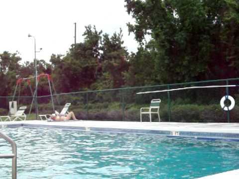 hot girl skinny dip