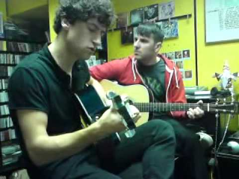 Delorentos- S.e.c.r.e.t (acoustic) @Road records 10/10/09