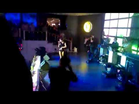 Юля Волкова - Сдвину Мир (Remix) Virus Club,Ukraine (30.03.2013)