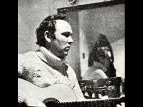 Liam Clancy - Dirty old town