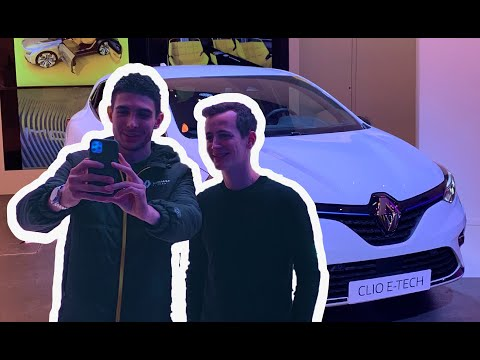E-TECH Pit Stop with Esteban Ocon & WorldSupercars | Groupe Renault