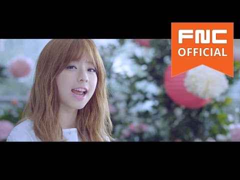 JUNIEL(주니엘) - 연애하나 봐 (I think I'm in love) M/V