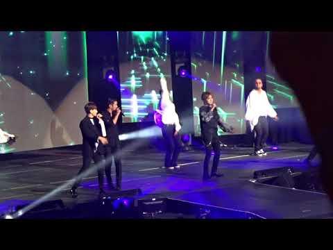 KCON NY 2018 Day 1 - Super Junior - Sorry Sorry + Mr  Simple + Bonamana