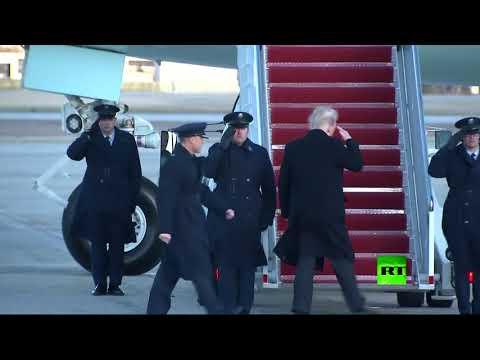 بالفيديو .. الرياح تفضح تسريحة الرئيس الأمريكي ترامب