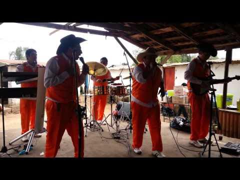 Los Jinetes De Rio Claro - En Vivo San Gerardo