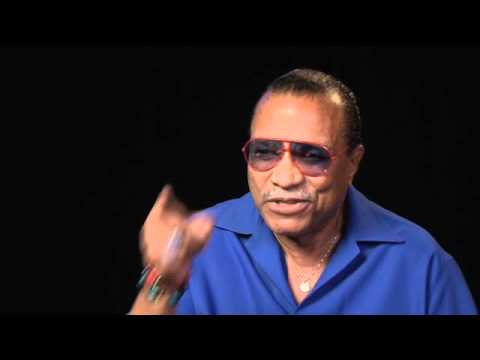 Billy Dee Williams Explains Why Lando Betrayed Han - YouTube