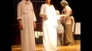 مقطع من - سجن النسا - أداء مسرحى متميز من طلبه كليه الأداب أنجليزى جامعه القاهره