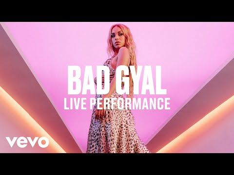 BAD GYAL - Internationally (Live) | Vevo DSCVR