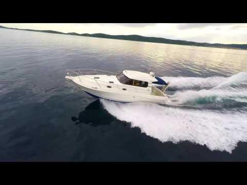 Featon Moraga10.40 Yacht Charter
