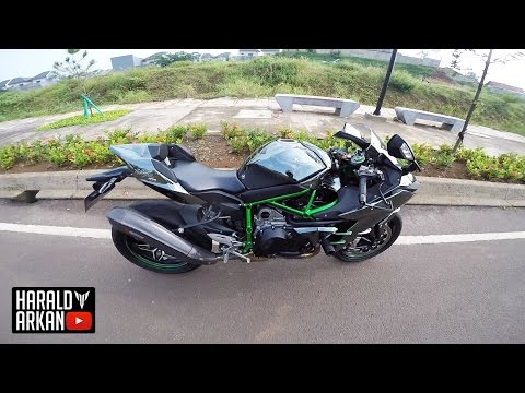 ninja h2 und h2r bei kawasaki hamburg. Black Bedroom Furniture Sets. Home Design Ideas