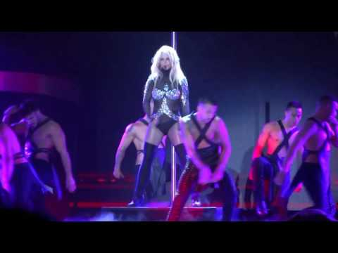 Britney Spears Live In Concert 6/6/2017@Osaka,Japan I'm a Slave 4 U