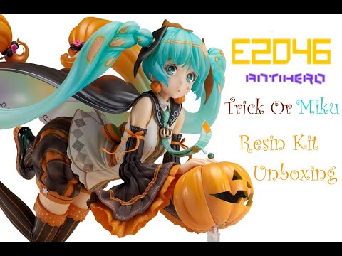 Trick Or MIKU UNBOXING