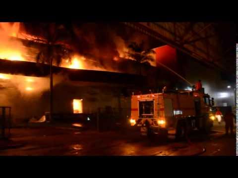 Park Shopping Vilhena é consumido por incêndio ??? Vídeo