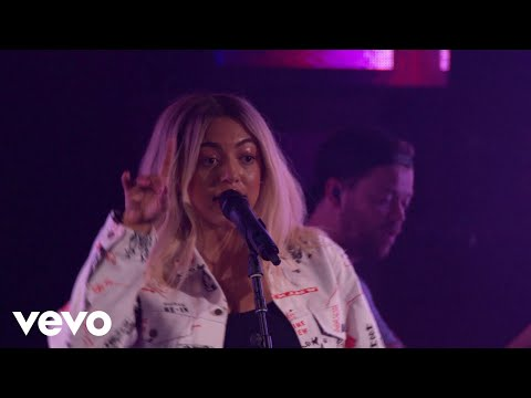 Mahalia - Hold On (feat. Buddy) [Live] [Vevo @The Great Escape 2018] ft. Buddy