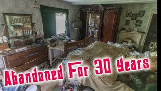I Found A house Abandoned for over 30 Years Full of Antiques And Power Still On