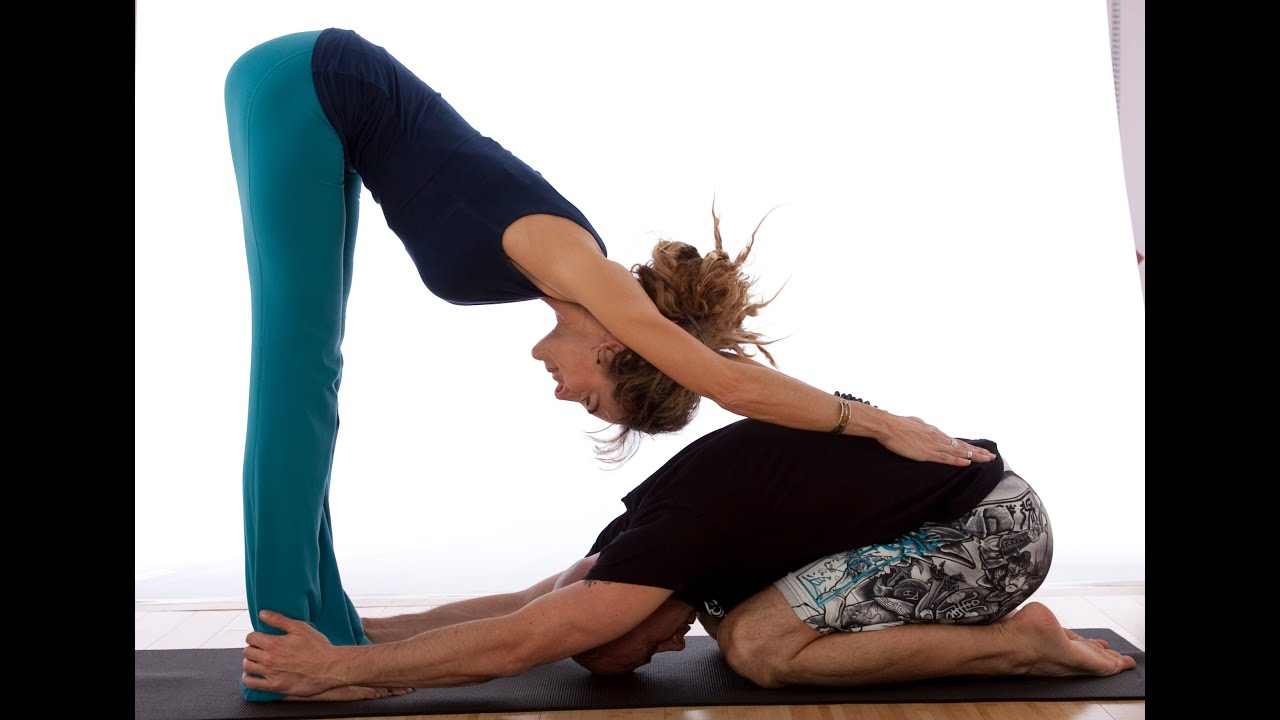 sensual yoga poses for couples