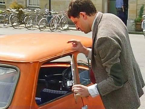 Mr Bean Reliant Robin Crash First Ever Der