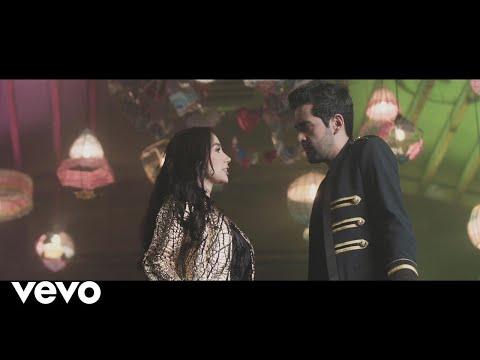 Alejandro González, Paola Jara - La Farsante (Video Oficial)