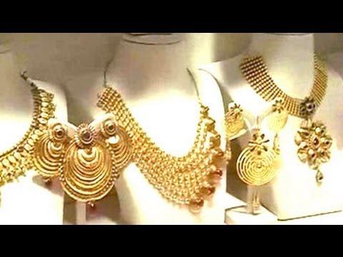 Gold glitters amid economic gloom