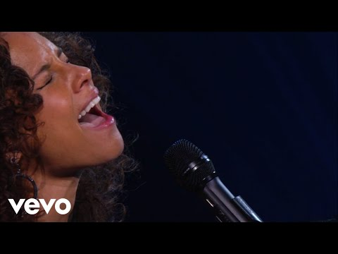 Alicia Keys - If I Ain't Got You (Piano & I: AOL Sessions +1)