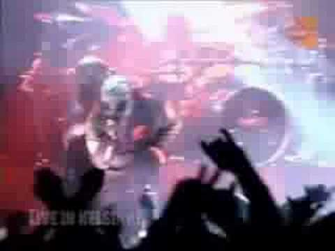Baixar Slipknot - Left Behind (Live in Helsinki, 2002)