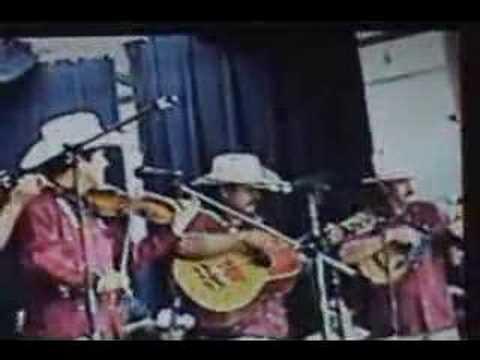 Maria Chuchena/Los Compadres de la Sierra/Huasteco