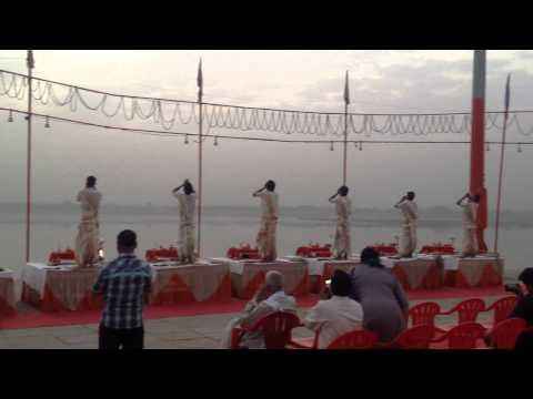 Ganga Aarti   Assi Ghat   Varansi India  2