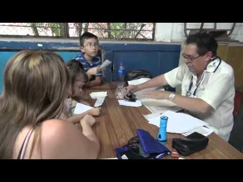 27OCT2014 1° BGDA  AEREA REALIZO CAMPAÑA MEDICA EN CANTON DOLORES APULO, ILOPANGO
