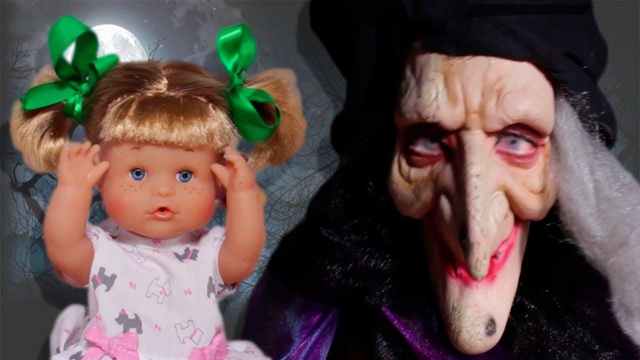 Es Una Bruja Abuela Es La Bruja Una Abuela La Es La Una Abuela rCBedxoW