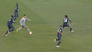 Cristiano Ronaldo VS No Space - Unimaginable Plays 👽