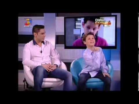 Baixar Leandro em A Tua Cara Não Me É Estranha com o Pedro - 16.03.14