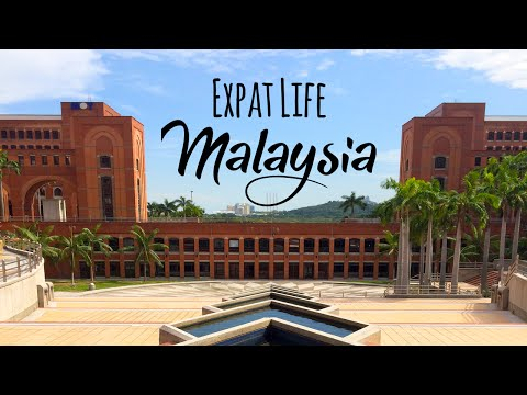 Expat Life in Malaysia: Gorgeous Architecture Outside Kuala Lumpur in Putrajaya