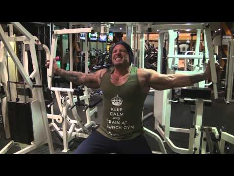 Neale Cranwell : High Intensity Chest Workout