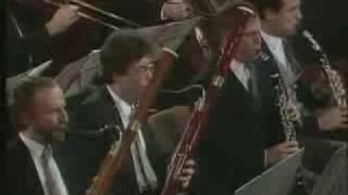 Requiem in D minor, K.626 : Lacrimosa