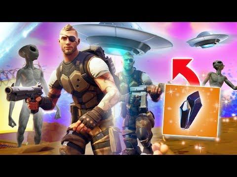 DUSTY DIVOT ALIEN INVASION! | Fortnite Battle Royale