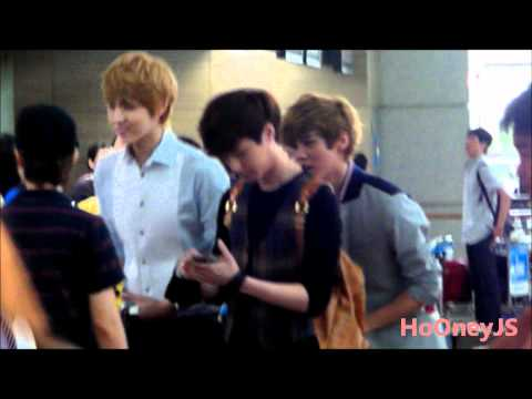 120710 EXO M KRIS,LUHAN,LAY at Incheon Airport go to China