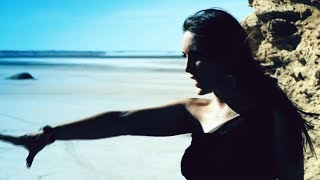 Senidah - Pustinjom (ft. Zlatko) (Official Video)