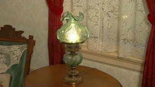 Walt Disney's private apartment tour at Disneyland above the firehouse
