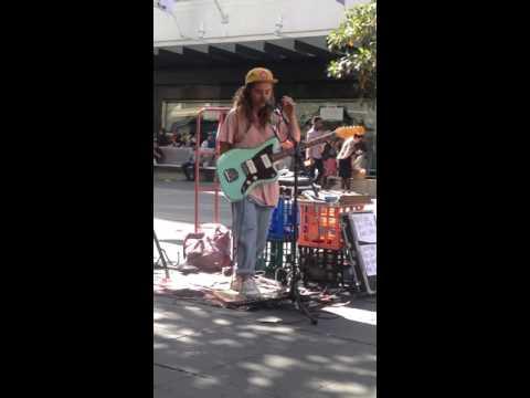 Live Session - Tash Sultana - Melbourne