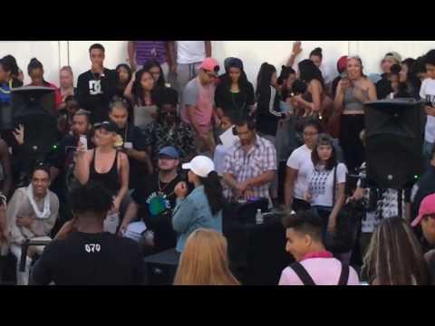 070 shake Trust nobody (live)