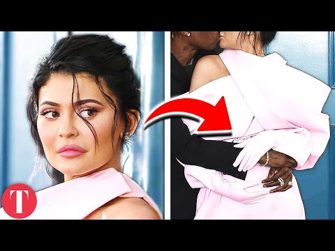 10 Signs Kylie Jenner Is Pregnant With Baby #2