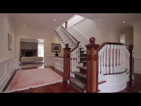 Bachly Construction - Custom Built Home Oakville