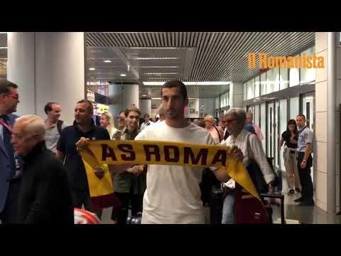 VIDEO - Lo sbarco di Mkhitaryan nell'aeroporto di Fiumicino
