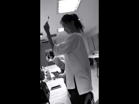 소녀시대 티파니가 올린 스냅챗 영상인데 윤아가 춤을
