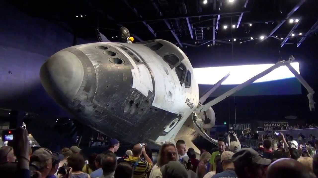 how much does space shuttle atlantis weigh - photo #41