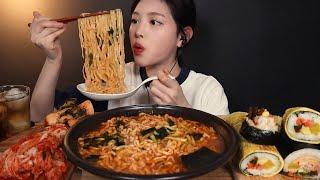 SUB)3배 매운 앵그리 너구리라면에 달걀김밥 묵은지참치치즈 통김밥 먹방 🍜 리얼사운드 spicy ramyeon gimbap mukbang ASMR