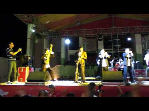 TROPICALISIMO APACHE OCT2011 - LINDA INDIA!!!!!!