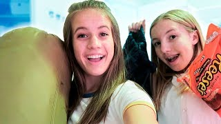 PACK WITH ME AND MY SISTER // Camp Edition!