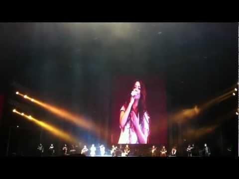 张惠妹与黄莺莺新加坡合唱-