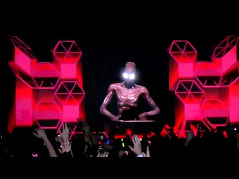 Baixar Skrillex First of the Year @ Palladium Dallas.MP4
